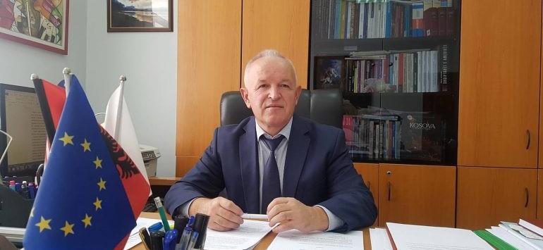 Viti i ri akademik, dekani Sabri Laçi: Risi në programe, problem kërkimi shkencor