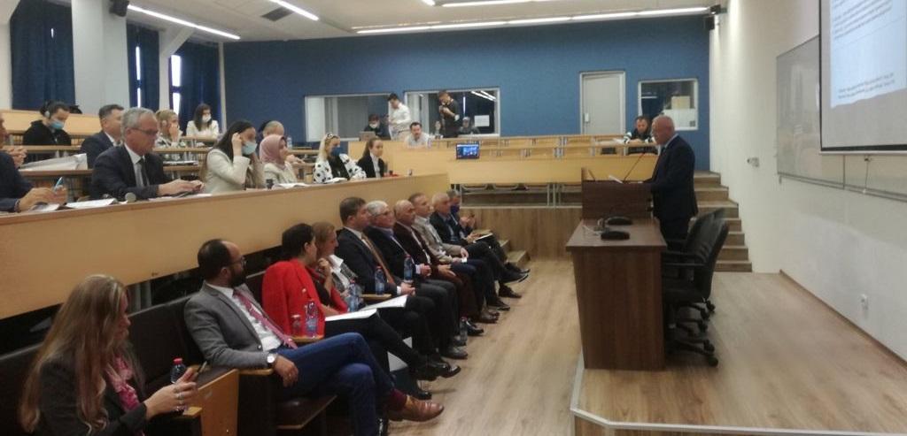 """Fjala e Dekanit të FHF-së, Prof. dr. Sabri Laçi në Konferencën Shkencore Ndërkombëtare: """"Terminologjia dhe roli i saj për njohjen e gjuhës profesionale"""""""