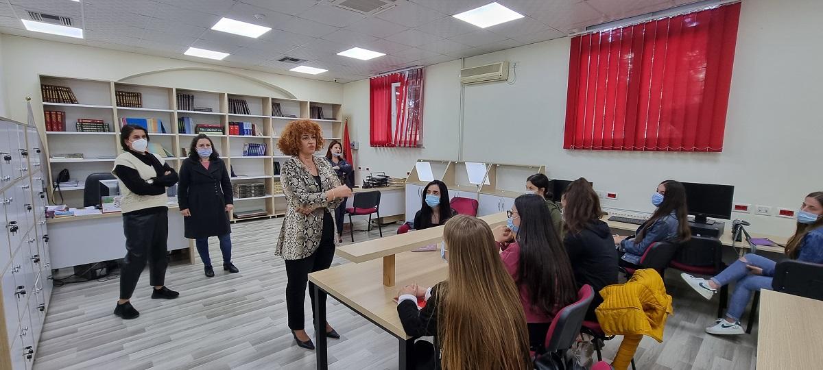 Java e orientimit: Studentët njihen me bibliotekën e FHF-së