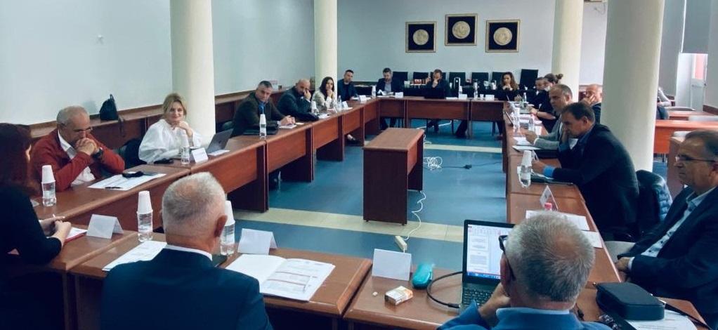 """Departamenti i Gazetarisë: Konferencë shkencore ndërkombëtare me temë """"Gazetaria tradicionale përballë audiencave të reja"""""""