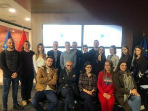 Studentët diskutojnë mbi procesin e integrimit evropian