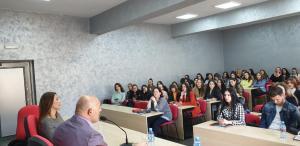 """Ligjëratë me studentët e Gjuhë Letërsisë e Z. Blendi Fevziu, me temë """"Diskursi publik dje (në komunizëm) dhe sot (pas komunizmit)"""""""