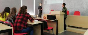 Leksione me studentët e Historisë nga Prof.dr. Nicolas Patin