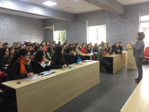 """Lektorja e Universitetit Aristoteli të Selanikut leksion me temë """"Iluminizmi grek në prag të Revolucionit të 1821"""""""